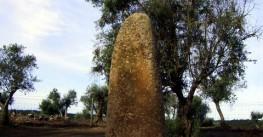 Menhir Monte Almendres, in Évora